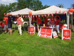 PvdA kleurt de boel rood